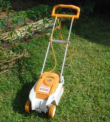 090812芝刈り機.jpg