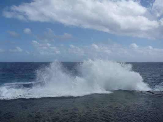 140802潮吹き海岸.jpg